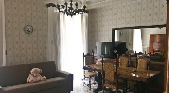 Appartamento a Corato, zona Piazza Grenoble