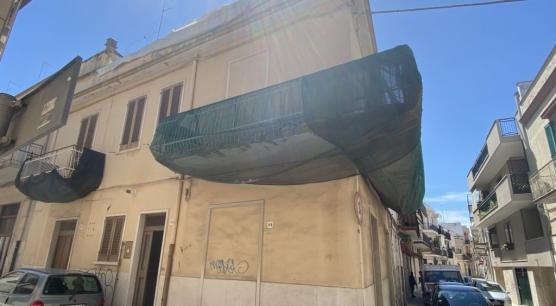 Vendita Soluzione Indipendente ad Andria, Via Castromonte