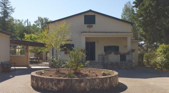 Vendita Villa a Corato, Via C. del Monte